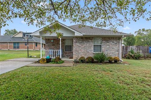 Photo of 916 N Houston Street, Royse City, TX 75189 (MLS # 14462452)