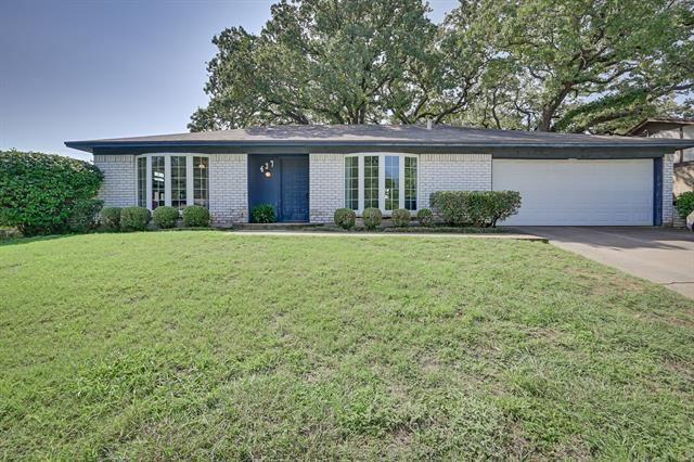 437 Glenwood Terrace, Hurst, TX 76053 - #: 14431453