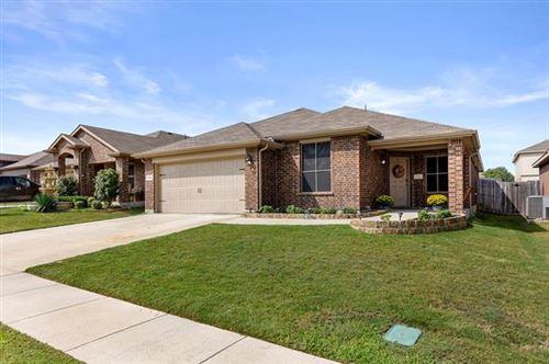 Photo of 8205 Sambar Deer Drive, Fort Worth, TX 76179 (MLS # 14441454)