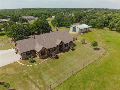 Photo of 5730 E Lone Oak Road E, Valley View, TX 76272 (MLS # 14325456)