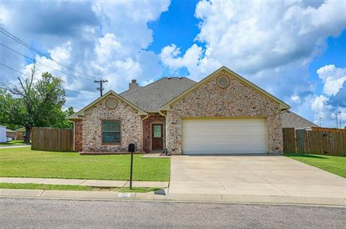 Photo of 101 Wildflower Drive, Whitesboro, TX 76273 (MLS # 14392461)