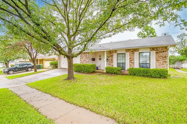 600 Spring Forest Drive, Bedford, TX 76021 - #: 14575463
