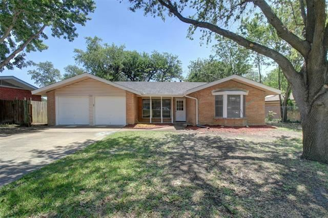 1507 Hillcrest Drive, Arlington, TX 76010 - #: 14578466