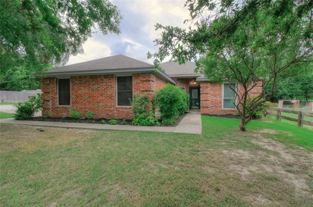 901 Clyde Street, White Settlement, TX 76108 - #: 14604468
