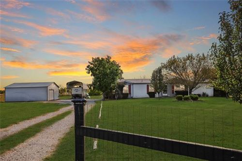 Photo of 8862 County Road 3602, Quinlan, TX 75474 (MLS # 14452472)