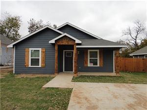 Photo of 709 W Hull Street, Denison, TX 75020 (MLS # 14027476)