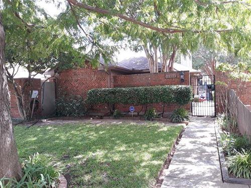 Photo of 10324 Oak Branch Lane, Dallas, TX 75227 (MLS # 14444476)