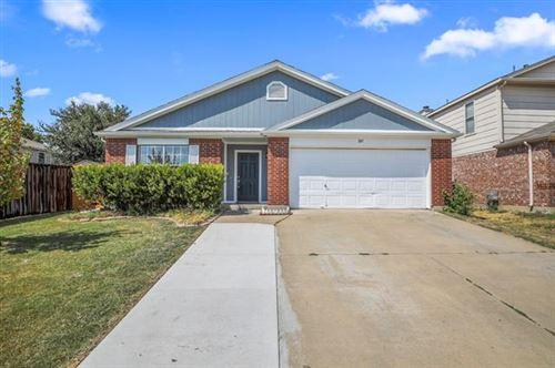 Photo of 105 Shady Brook Drive, Arlington, TX 76002 (MLS # 14688476)