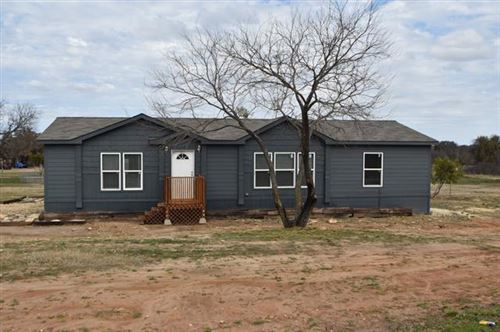 Photo of 537 Private Road 803, Stephenville, TX 76401 (MLS # 14524478)