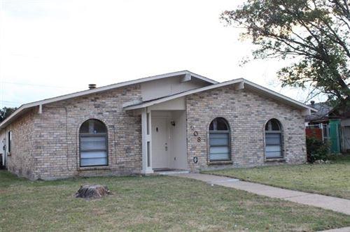 Photo of 608 Via Sonoma, Mesquite, TX 75150 (MLS # 14471480)