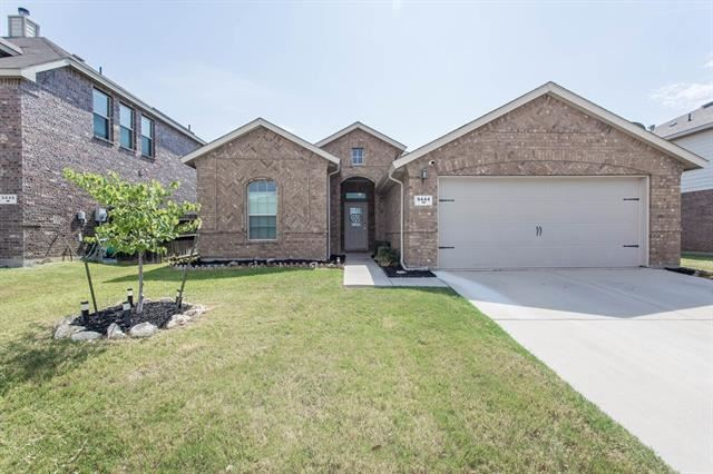 9444 Castlewood Drive, Fort Worth, TX 76131 - #: 14405481