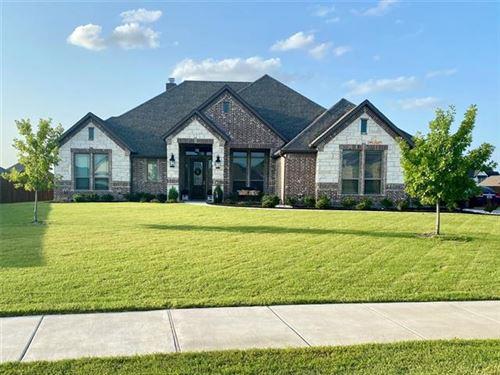 Photo of 301 Equestrian Drive, Waxahachie, TX 75165 (MLS # 14633482)