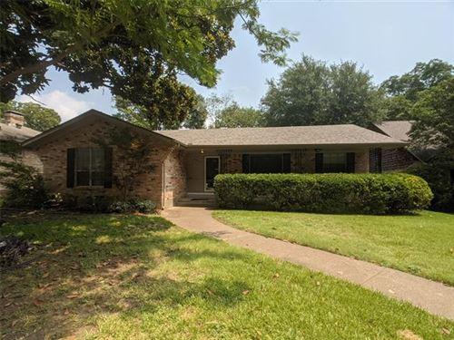 Photo of 6922 Galemeadow Circle, Dallas, TX 75214 (MLS # 14641482)