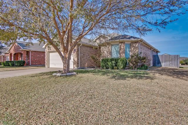 1236 Sweetwater Drive, Burleson, TX 76028 - #: 14477482