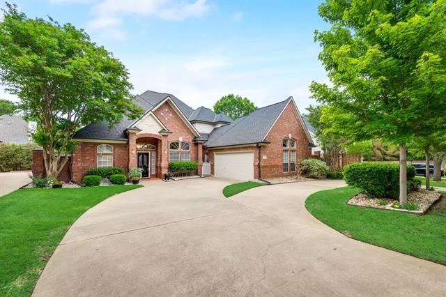 2804 Timber Hill Drive, Grapevine, TX 76051 - #: 14575483