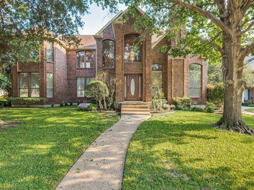 Photo of 2100 Creekside Circle S, Irving, TX 75063 (MLS # 14435484)