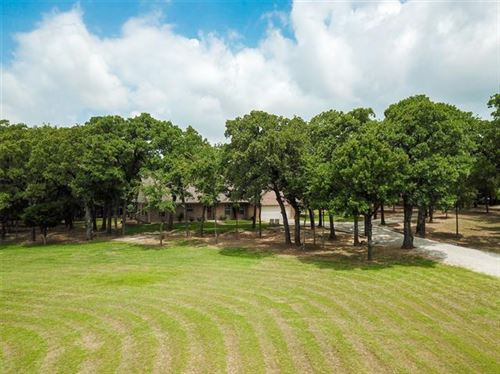Photo of 4874 Glen Oaks Circle, Aubrey, TX 76227 (MLS # 14379485)