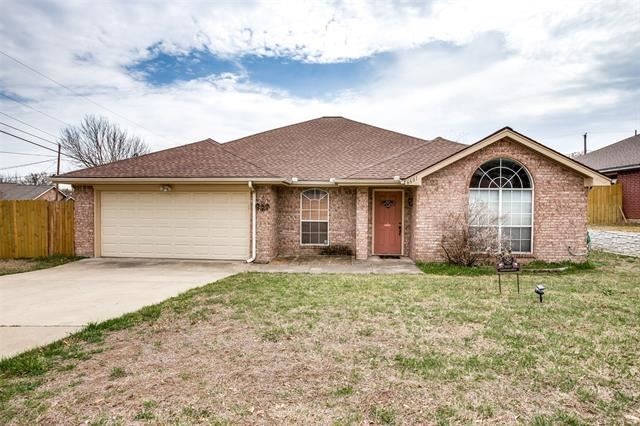 6601 Basswood Drive, Fort Worth, TX 76135 - #: 14533486