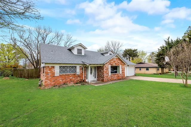 857 Woodcrest Drive, Hurst, TX 76053 - #: 14536487