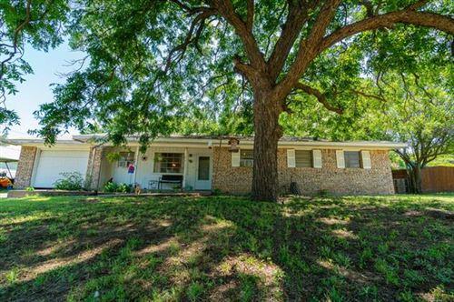 Photo of 304 N Singletary, Saint Jo, TX 76265 (MLS # 14402489)