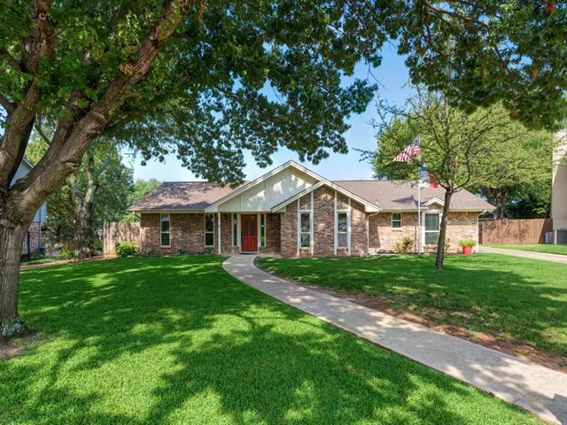 13 Crooked Creek Court, Trophy Club, TX 76262 - #: 14667489