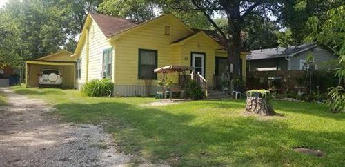 Photo of 319 N Oleander Street, Grand Saline, TX 75140 (MLS # 14436490)
