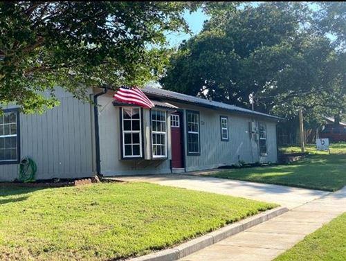 Photo of 729 Hettie Street, Denton, TX 76209 (MLS # 14605490)