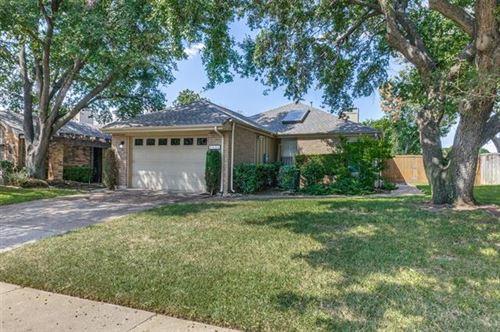 Photo of 4015 Rosser Square, Dallas, TX 75244 (MLS # 14678491)