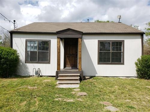 Photo of 1224 Walworth Street, Greenville, TX 75401 (MLS # 14550492)