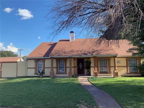 Photo of 1700 Panola Drive, Mesquite, TX 75150 (MLS # 14673492)