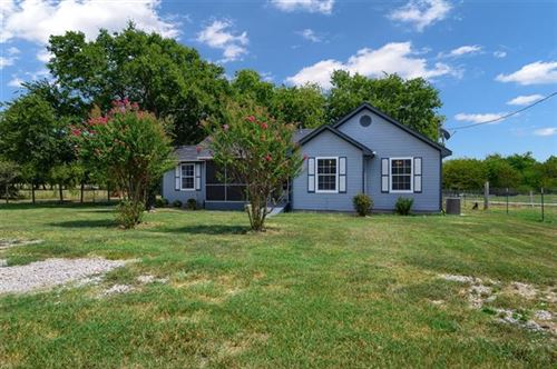 Photo of 4515 County Road 1037, Greenville, TX 75401 (MLS # 14202493)