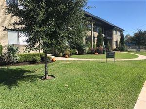 Photo of 1728 N Fitzhugh Avenue, Dallas, TX 75204 (MLS # 13779494)