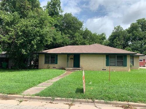 Photo of 217 E Hird Street, Gainesville, TX 76240 (MLS # 14627494)