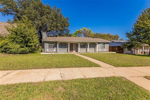 Photo of 4013 Logan Court, Irving, TX 75062 (MLS # 14694496)