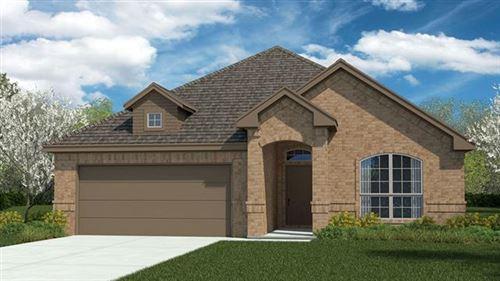 Photo of 1505 SEABISCUIT Drive, Granbury, TX 76049 (MLS # 14501497)