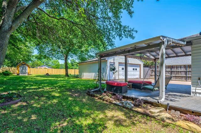 729 N Lucas Drive, Grapevine, TX 76051 - #: 14347497