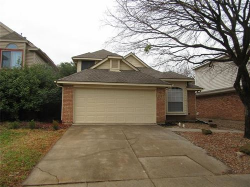 Photo of 3807 Branch Hollow Circle, Carrollton, TX 75007 (MLS # 14503501)
