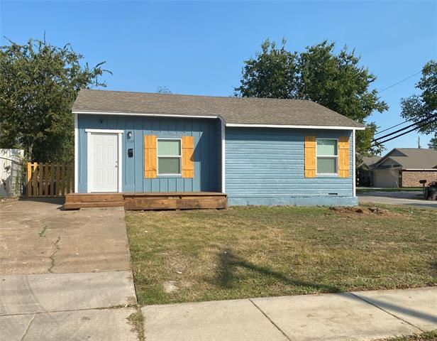 2125 Ash Crescent Street, Fort Worth, TX 76104 - #: 14445502