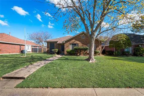 Photo of 928 Micarta Drive, Mesquite, TX 75181 (MLS # 14475503)