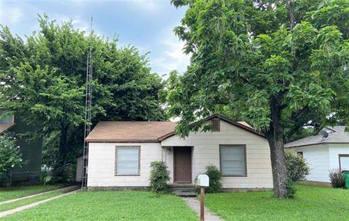 Photo of 1808 N Culberson Street, Gainesville, TX 76240 (MLS # 14622503)