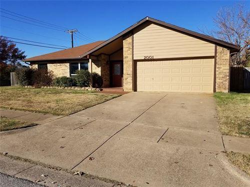 Photo of 2001 Cedar Grove Lane, Bedford, TX 76021 (MLS # 14488504)