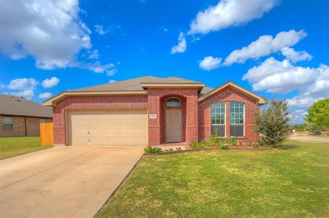 436 Creek Bend Drive, Saginaw, TX 76131 - #: 14457504