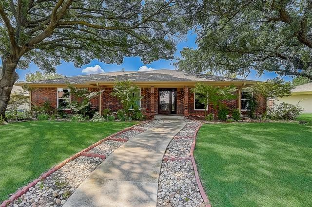 1813 Greenway Drive, Plano, TX 75075 - #: 14667504