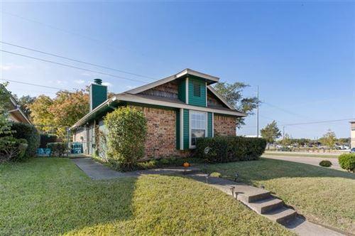 Photo of 200 Crooked Lane, Mesquite, TX 75149 (MLS # 14694505)
