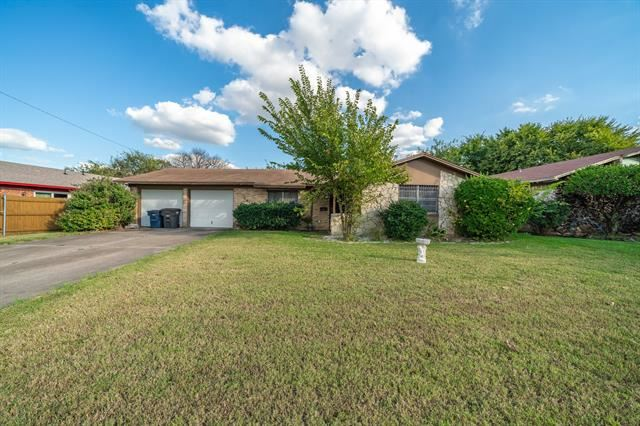 5617 Comer Drive, Fort Worth, TX 76134 - #: 14678505