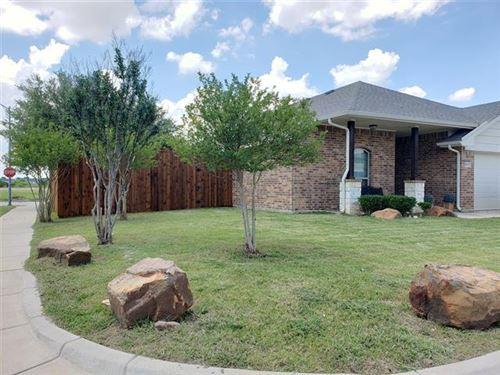 Photo of 9152 Saint Barts Road, Fort Worth, TX 76123 (MLS # 14358506)