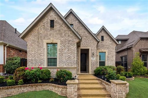 Photo of 1109 Amber Rose Way, Arlington, TX 76005 (MLS # 14558506)