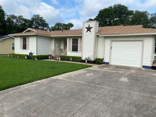 Photo of 3321 Katrine Street, Fort Worth, TX 76117 (MLS # 14605508)