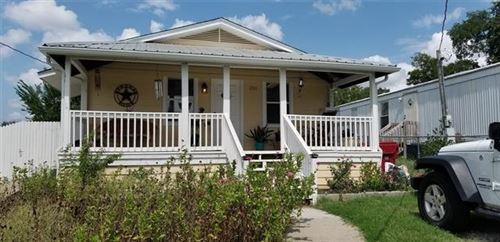Photo of 250 Wright Street W, Farmersville, TX 75442 (MLS # 14427510)