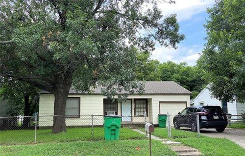 Photo of 1805 Mill Street, Gainesville, TX 76240 (MLS # 14622510)